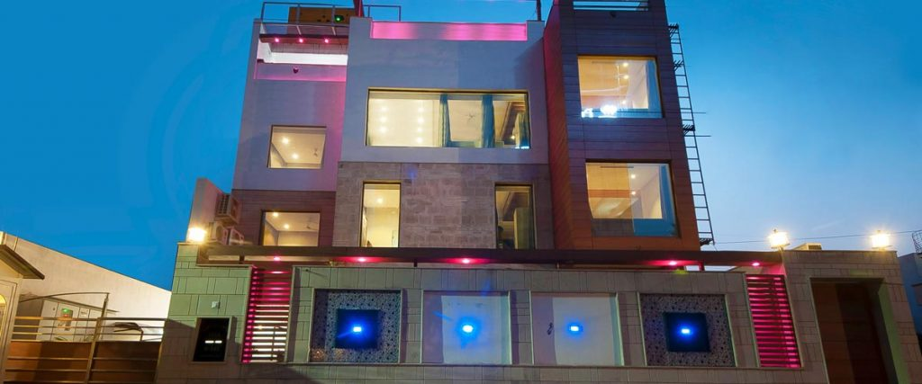 asian suites the pearl hotel gurgaon