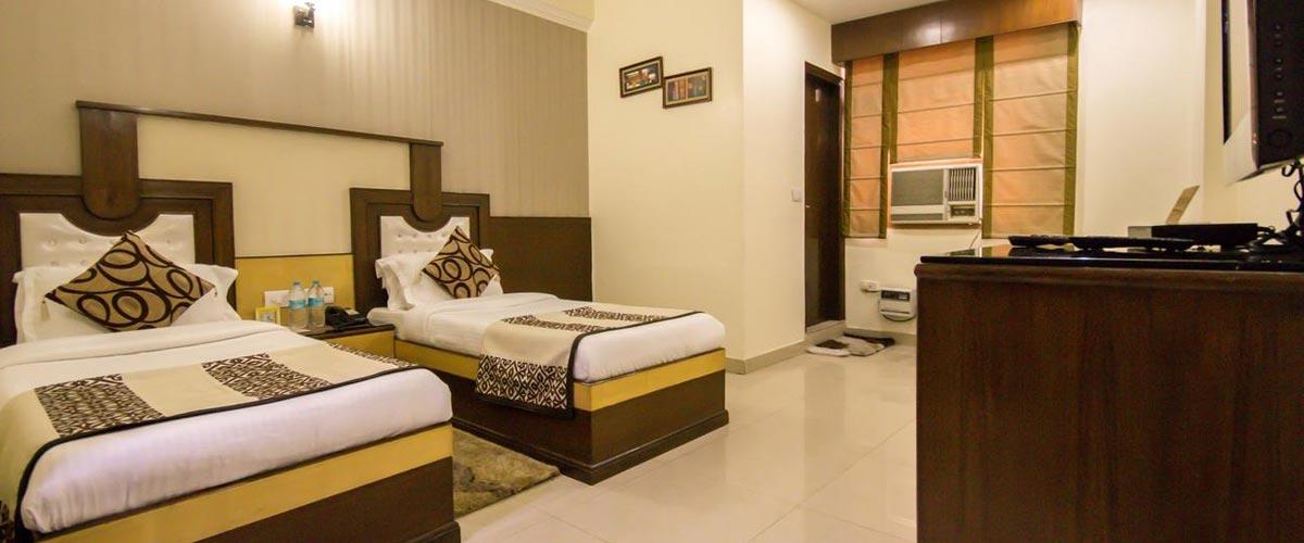 Hotel Grand Park Inn, New Delhi – 3 Star